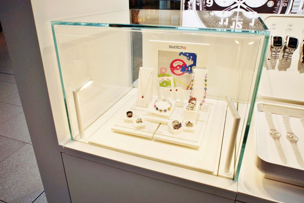 Swatch Glass Display Cube