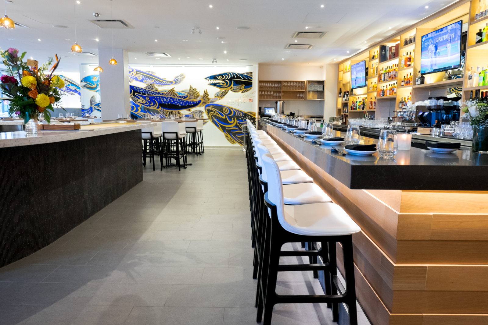 Seafood Bar and Main Bar.